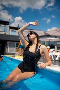 swimmingpool_040621-7